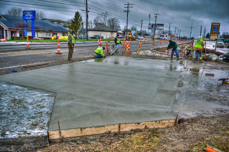 Tips for concrete pouring in the rain maple concrete pumping for Best weather to pour concrete