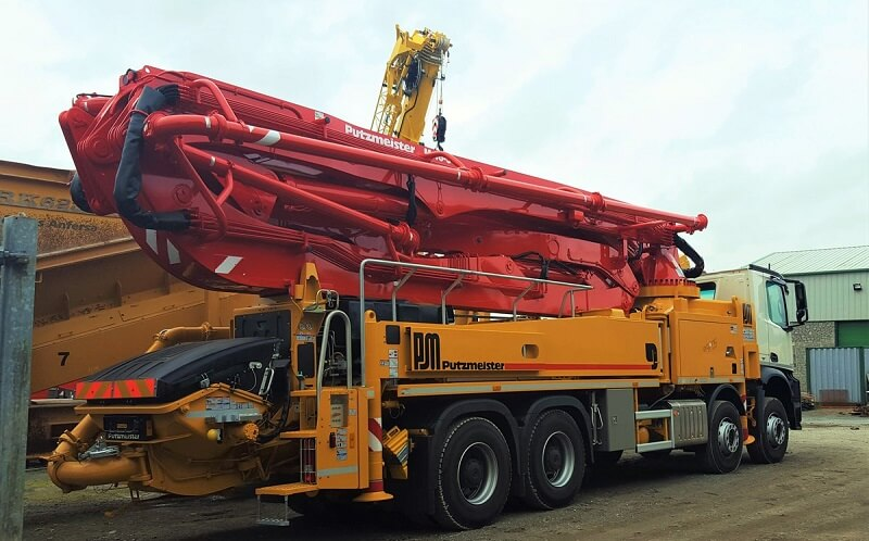 positioning concrete pump